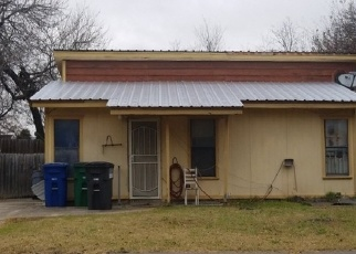 Foreclosed Home in San Antonio 78237 MOTES DR - Property ID: 4383956505