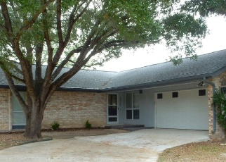 Foreclosed Home in San Antonio 78233 LA CUEVA - Property ID: 4383958247