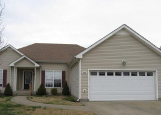Foreclosed Home in Clarksville 37040 S JOT DR - Property ID: 4384030968
