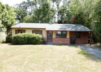 Foreclosed Home in Brunswick 31525 STAFFORD AVE - Property ID: 4384055485