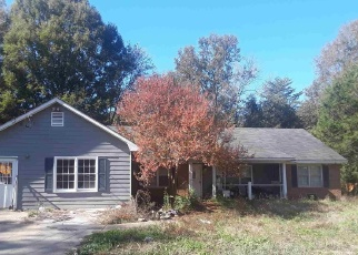 Foreclosed Home in Covington 30014 RIVERBEND DR - Property ID: 4384067754