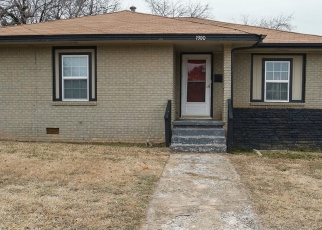 Foreclosed Home in Oklahoma City 73111 NE 29TH ST - Property ID: 4384195191