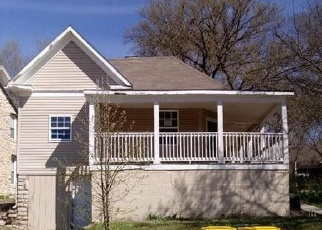 Foreclosed Home in Excelsior Springs 64024 CLIFF DR - Property ID: 4384211401