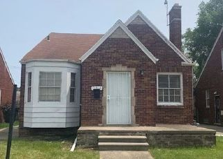 Foreclosed Home in Detroit 48224 ROXBURY ST - Property ID: 4384221475