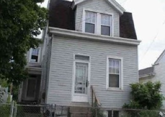 Foreclosed Home in Newport 41071 THORNTON ST - Property ID: 4384242497