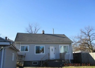 Foreclosed Home in Hammond 46324 JEFFERSON AVE - Property ID: 4384255642