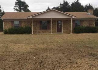 Foreclosed Home in Kilgore 75662 KAREN ST - Property ID: 4384368640