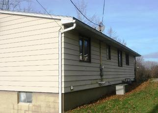 Foreclosed Home in Coshocton 43812 IVY ST - Property ID: 4384422507