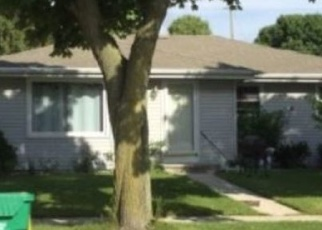 Foreclosed Home in Green Bay 54302 BADER ST - Property ID: 4384485581
