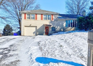 Foreclosed Home in York 17404 CHAPEL DR - Property ID: 4384585879