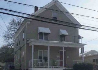 Foreclosed Home in Pawtucket 02860 POWER RD - Property ID: 4384627478