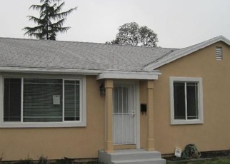 Foreclosed Home in Sacramento 95815 DIAMOND AVE - Property ID: 4384994500