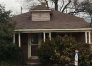 Foreclosed Home in El Reno 73036 E WADE ST - Property ID: 4385112758