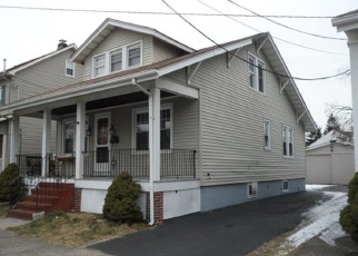 Foreclosed Home in Trenton 08610 BERGEN ST - Property ID: 4385195977