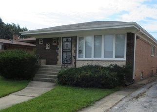 Foreclosed Home in Dolton 60419 E 152ND ST - Property ID: 4385289250