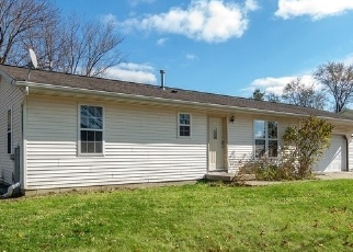 Foreclosed Home in Prairie Du Sac 53578 MAPLE PARK RD - Property ID: 4385433796