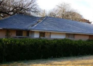 Foreclosed Home in Dallas 75232 TOWN CREEK DR - Property ID: 4385446490