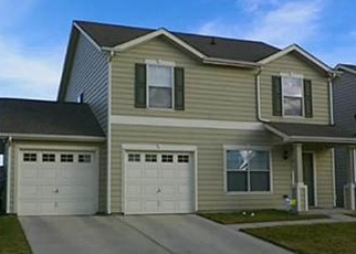 Foreclosed Home in Fort Worth 76119 NARA VISTA TRL - Property ID: 4385518309