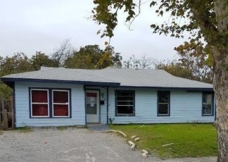 Foreclosed Home in Fort Worth 76119 WHITEHALL ST - Property ID: 4385521829