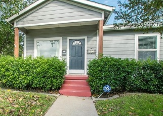 Foreclosed Home in Fort Worth 76107 CALMONT AVE - Property ID: 4385529706
