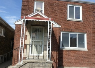 Foreclosed Home in Chicago 60620 S PERRY AVE - Property ID: 4385554225