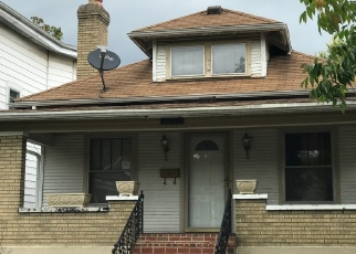 Foreclosed Home in Louisville 40210 GREENWOOD AVE - Property ID: 4385583578
