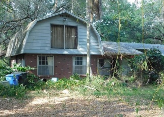 Foreclosed Home in Plant City 33565 THONOTOSASSA RD - Property ID: 4385746502