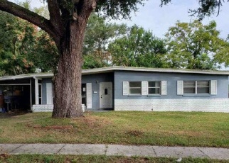 Foreclosed Home in Orlando 32808 FOREST GROVE BLVD - Property ID: 4385752640
