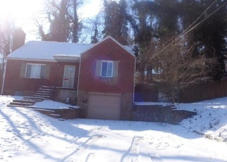 Foreclosed Home in Pittsburgh 15235 PARIS RD - Property ID: 4385772337