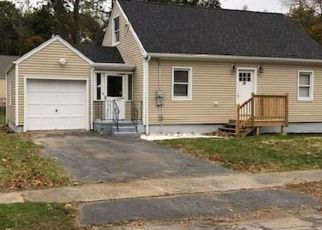 Foreclosed Home in Bridgeport 06610 EMERALD ST - Property ID: 4385810446