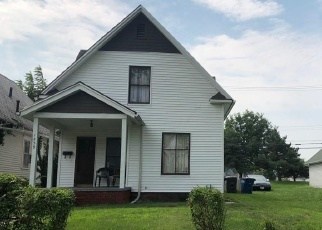 Foreclosed Home in Toledo 43607 PALMWOOD AVE - Property ID: 4386123151