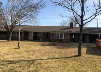 Foreclosed Home in Jesup 31545 AMY BECK RD - Property ID: 4386193681