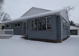 Foreclosed Home in Milwaukee 53218 N 82ND CT - Property ID: 4386232208