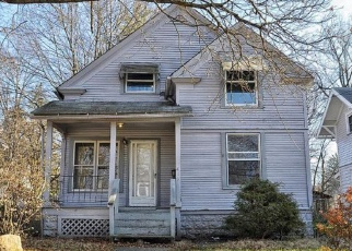 Foreclosed Home in Akron 44320 NOAH AVE - Property ID: 4386239664