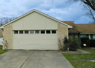 Foreclosed Home in Grand Prairie 75052 TRAILWOOD DR - Property ID: 4386305805