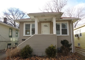 Foreclosed Home in Maywood 60153 S 17TH AVE - Property ID: 4386314106