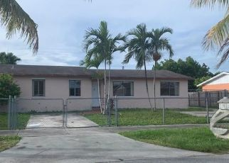 Foreclosed Home in Miami 33177 SW 185TH TER - Property ID: 4386334709