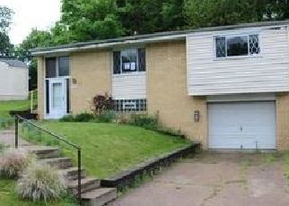 Foreclosed Home in Pittsburgh 15235 IDLEWOOD RD - Property ID: 4386366680