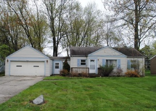 Foreclosed Home in North Olmsted 44070 WALTER RD - Property ID: 4386423610