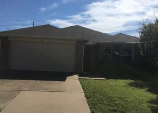 Foreclosed Home in Dallas 75249 GOLDENEYE LN - Property ID: 4386463463