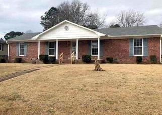 Foreclosed Home in Jackson 38305 HURTLAND DR - Property ID: 4386613698