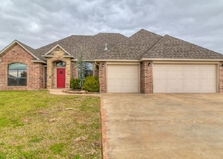Foreclosed Home in Mustang 73064 SW 54TH ST - Property ID: 4386763927