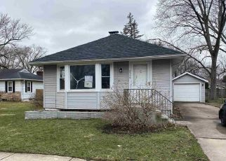 Foreclosed Home in Elkhart 46517 HOMER AVE - Property ID: 4386772230