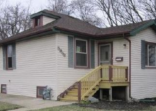 Foreclosed Home in Berkeley 60163 W MAPLE AVE - Property ID: 4386997801