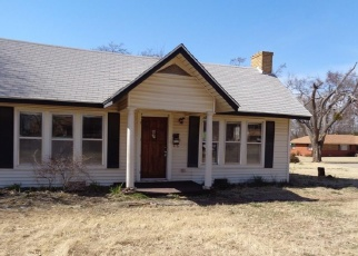 Foreclosed Home in Oklahoma City 73111 NE 48TH ST - Property ID: 4387115613