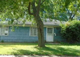 Foreclosed Home in Hammond 46324 WHITE OAK LN - Property ID: 4387128302