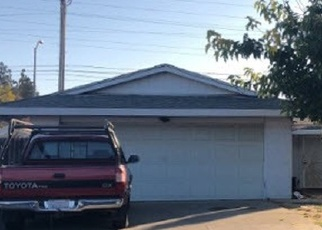Foreclosed Home in Sacramento 95828 ROCKHURST WAY - Property ID: 4387173870