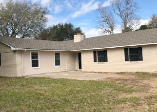Foreclosed Home in El Campo 77437 FM 2546 RD - Property ID: 4387340732