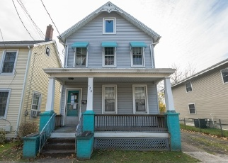 Foreclosed Home in Hightstown 08520 MONMOUTH ST - Property ID: 4387365244