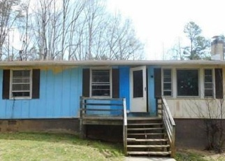 Foreclosed Home in Esmont 22937 CHESTNUT GROVE RD - Property ID: 4387447595